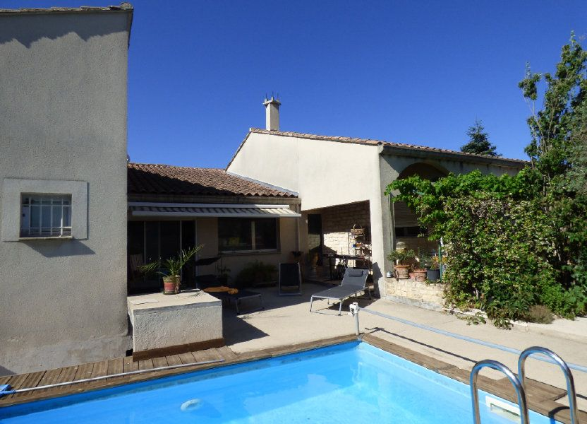 Maison à vendre 400m2 à Morières-lès-Avignon