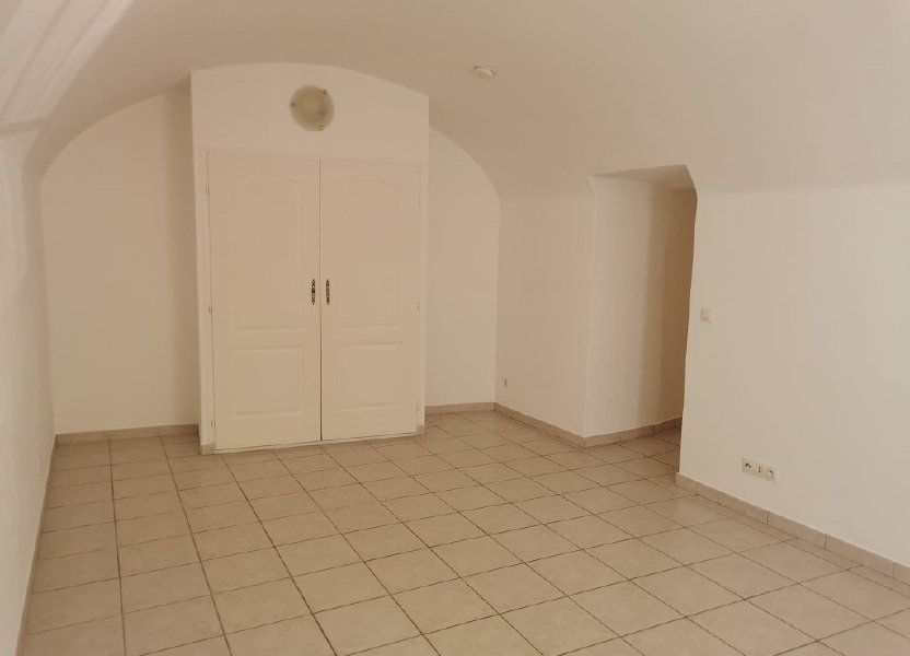 Appartement à louer 29.63m2 à Rochefort-du-Gard