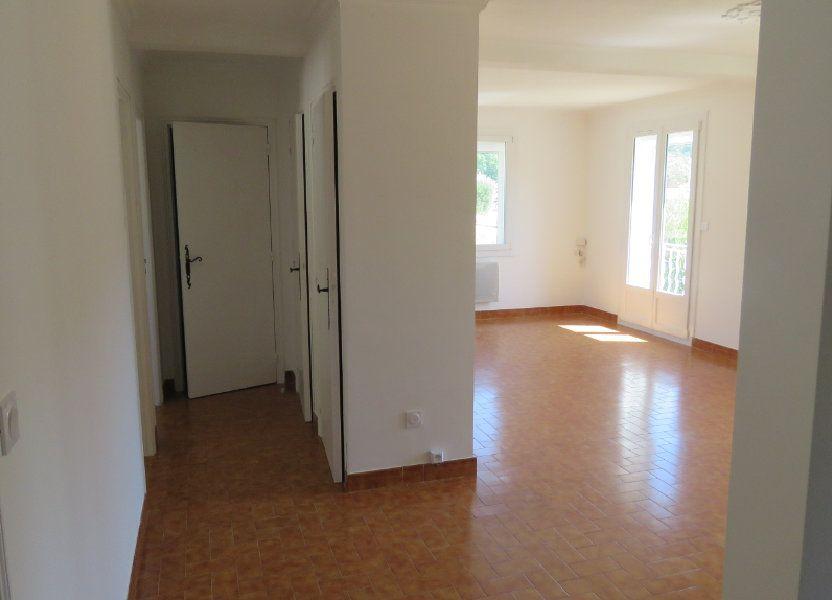 Appartement à louer 75.77m2 à Riez