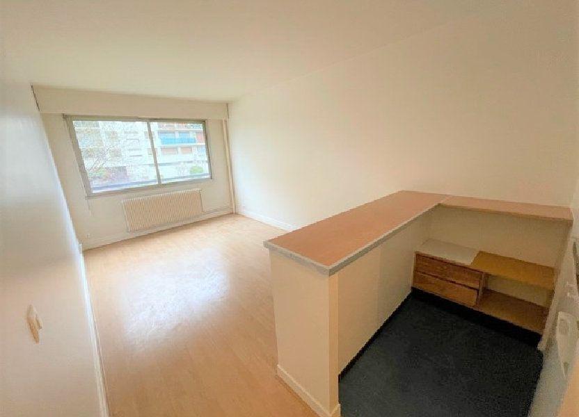 Appartement à vendre 24m2 à Paris 15
