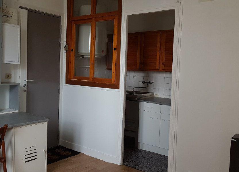 Appartement à louer 16.65m2 à Cachan