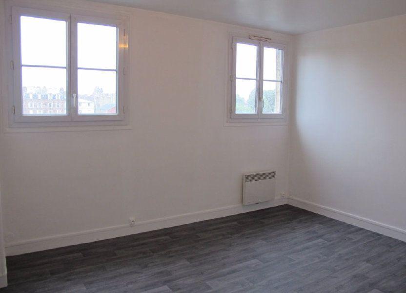 Appartement à louer 51.8m2 à Compiègne