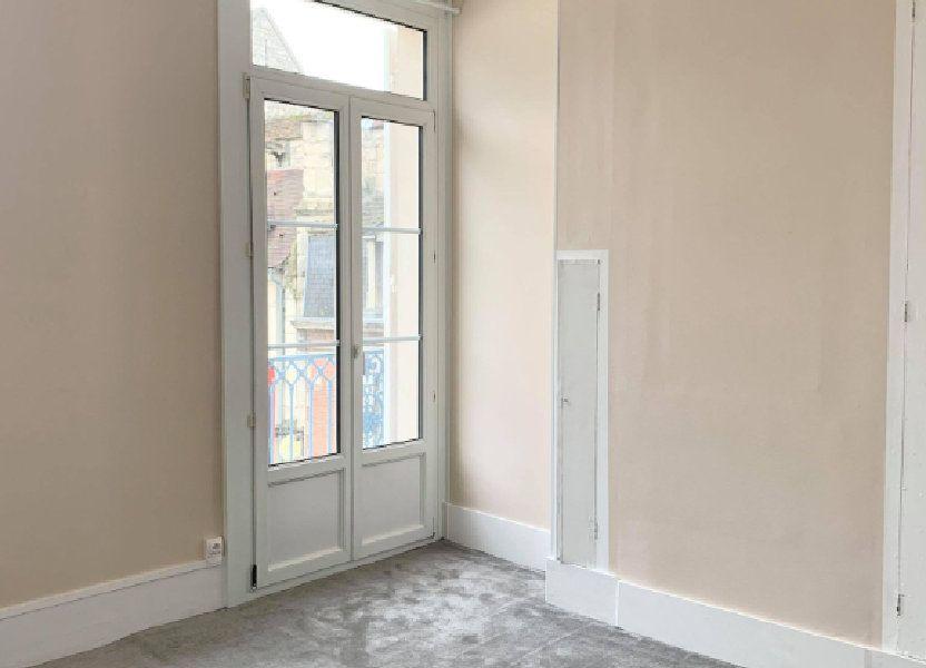Appartement à louer 34.28m2 à Compiègne
