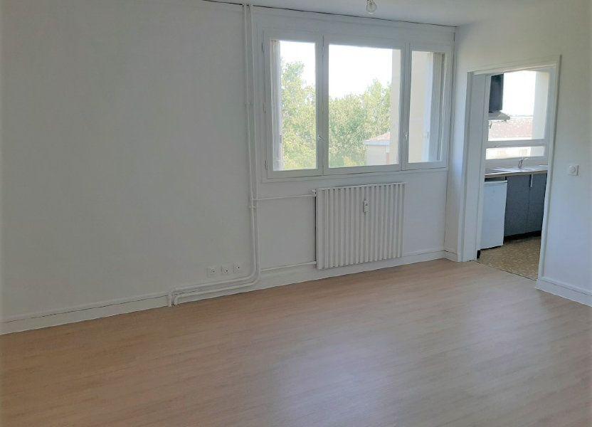 Appartement à louer 27.98m2 à Compiègne