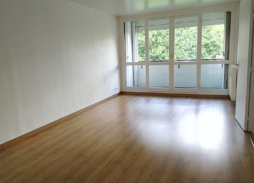 Appartement à louer 63.47m2 à Compiègne