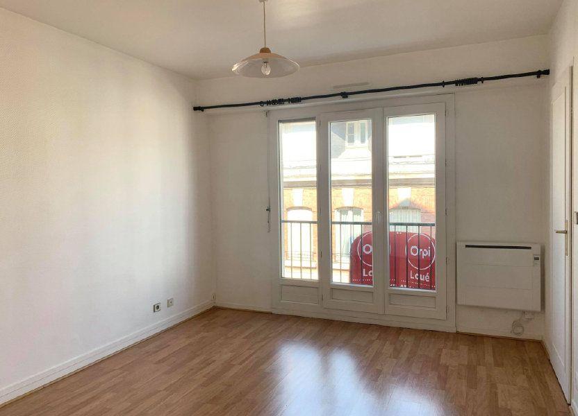 Appartement à louer 29.77m2 à Compiègne