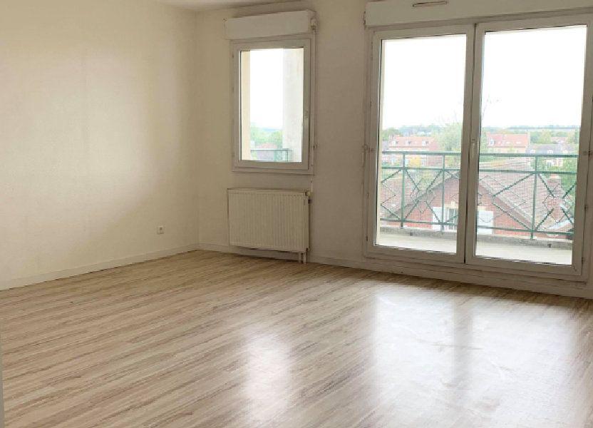 Appartement à louer 67.46m2 à Compiègne