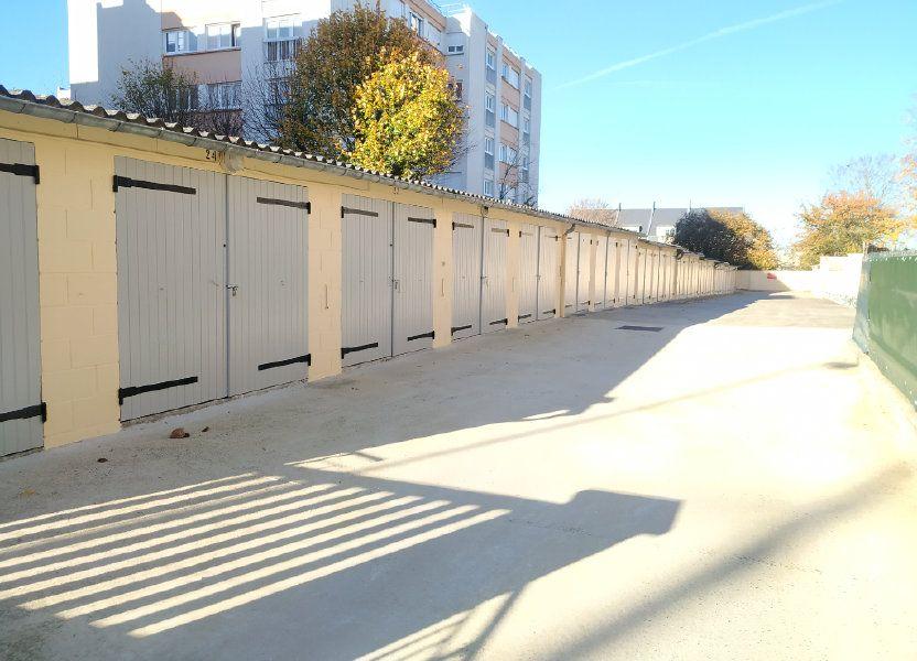 Stationnement à louer 12m2 à Compiègne