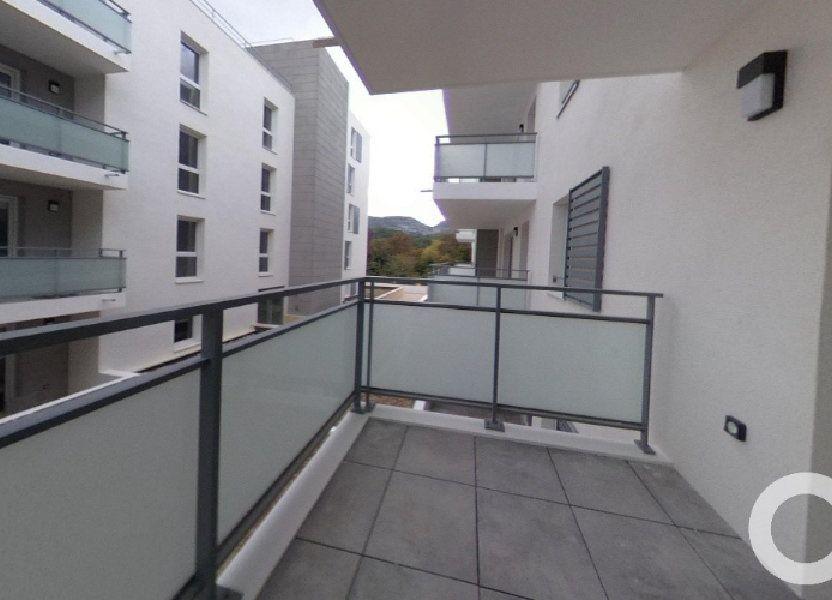 Appartement à louer 39.86m2 à Roquevaire