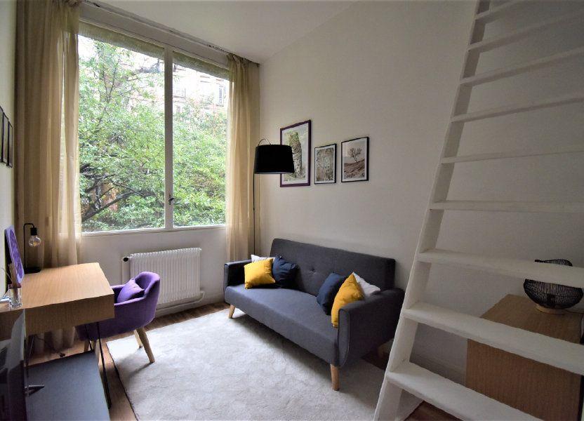 Appartement à louer 13m2 à Paris 16