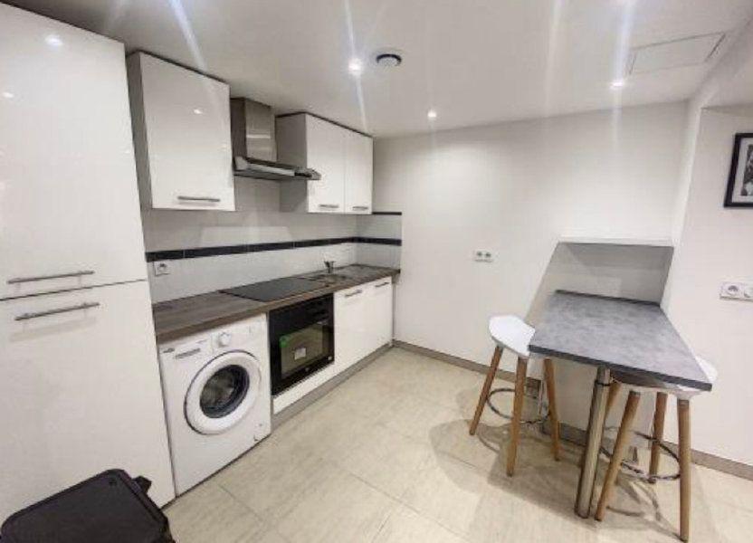 Appartement à louer 27.35m2 à Nice