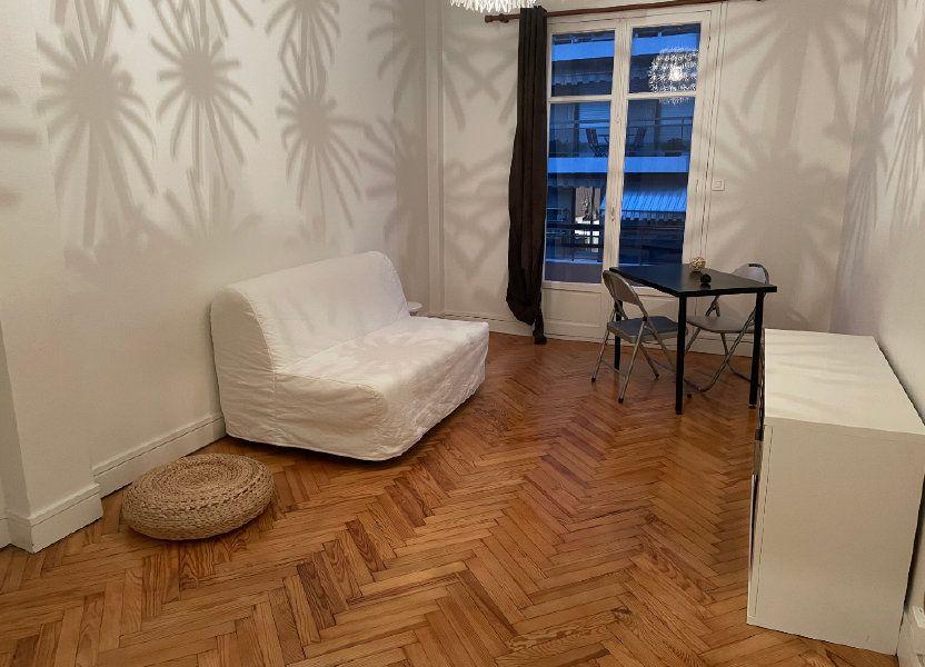 Appartement à louer 54.55m2 à Nice