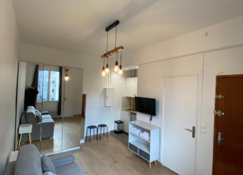 Appartement à louer 18m2 à Paris 10