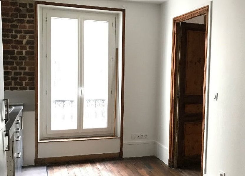 Appartement à louer 28m2 à Paris 10