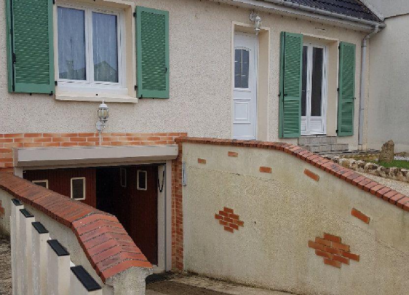 Maison à louer 94m2 à Mamers