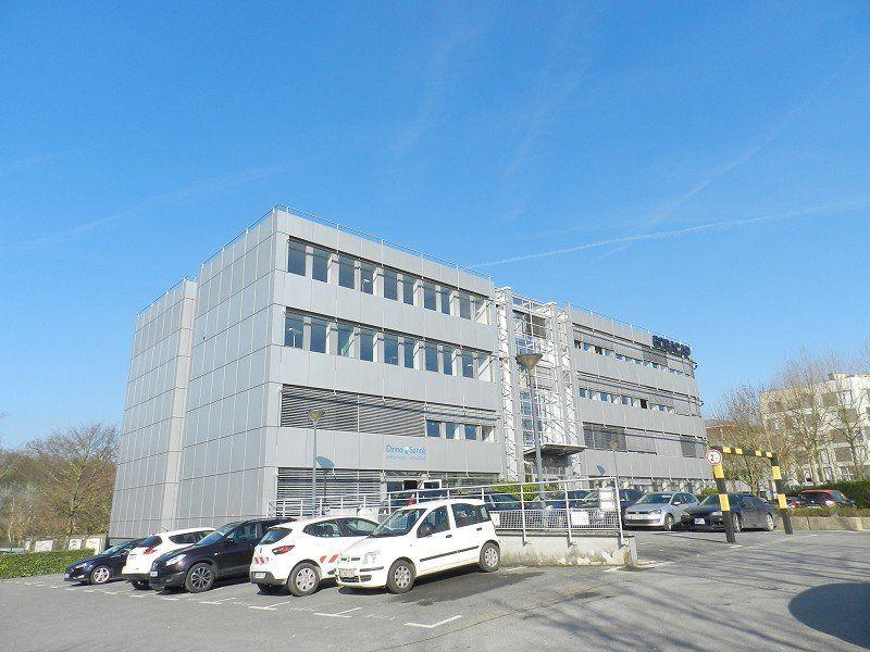 Bureaux à louer 0 474m2 à Bussy-Saint-Georges vignette-1