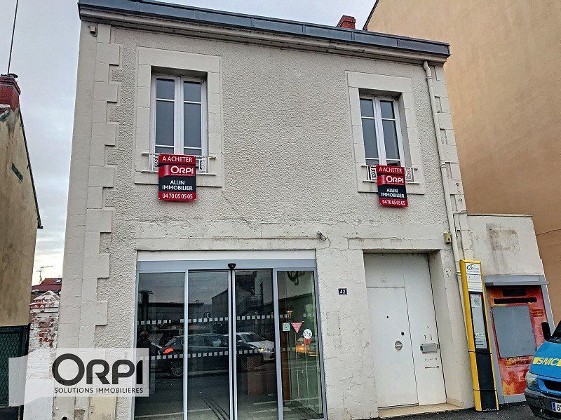 Local d'activité à vendre 0 173m2 à Montluçon vignette-1