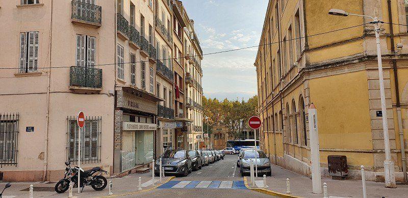 Local commercial à vendre 0 257m2 à Toulon vignette-1