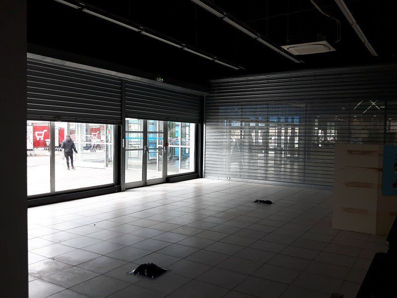 Local commercial à louer 0 107m2 à Nevers vignette-6