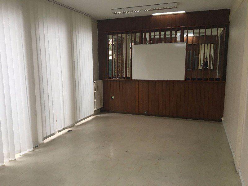 Bureaux à louer 0 165m2 à Beauvais vignette-3