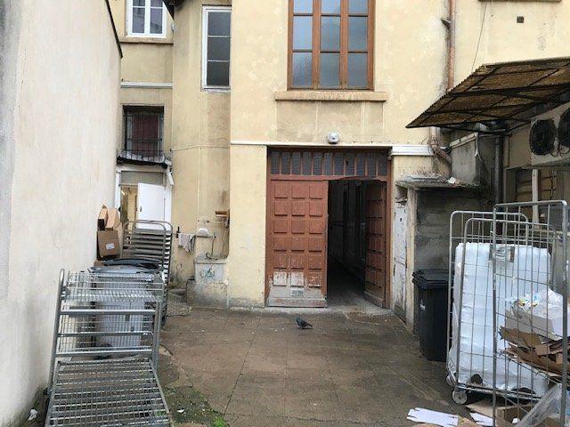 Entrepôt à louer 0 65m2 à Lyon 7 vignette-4