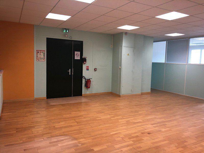 Bureaux à louer 0 140m2 à Le Havre vignette-1