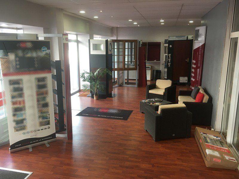 Local commercial à vendre 0 200m2 à Limoges vignette-1