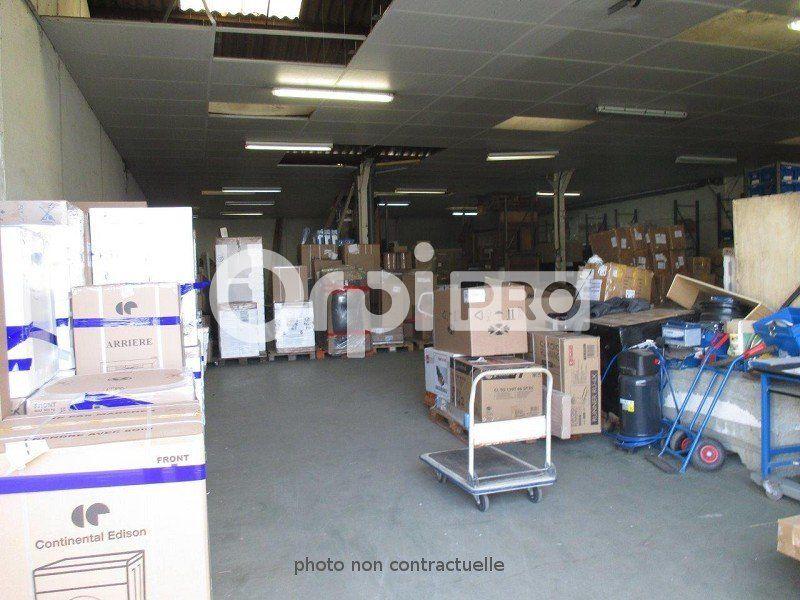 Entrepôt à louer 0 440m2 à Pessac vignette-2