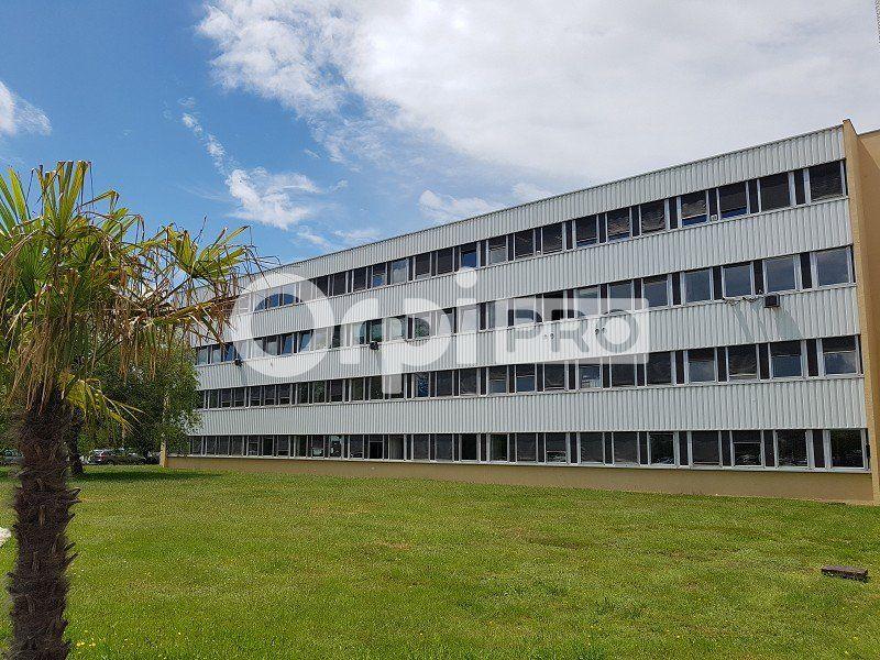 Bureaux à louer 0 23m2 à Limoges vignette-1