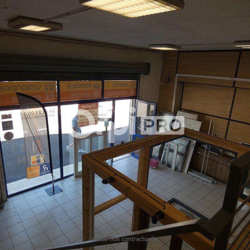 Local commercial à louer 0 83m2 à Manosque vignette-4