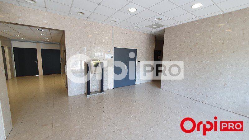 Bureaux à louer 0 469m2 à Palaiseau vignette-2
