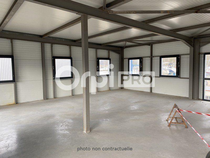 Local d'activité à louer 0 1200m2 à Tancarville vignette-2