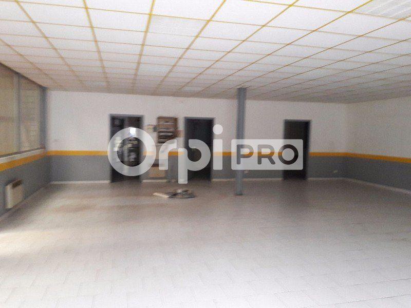 Bureaux à vendre 0 800m2 à Briare vignette-3