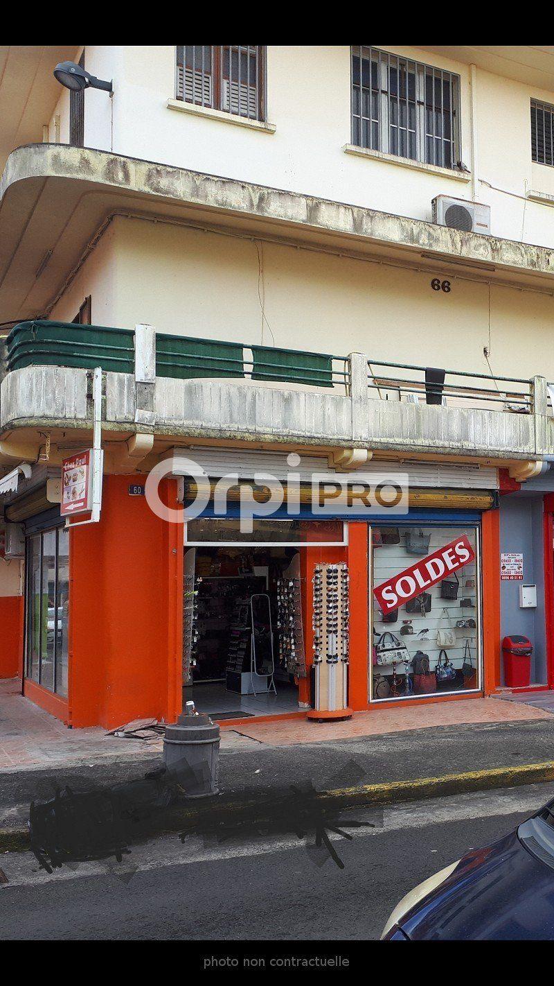 Local commercial à vendre 0 28m2 à Le Lamentin vignette-2