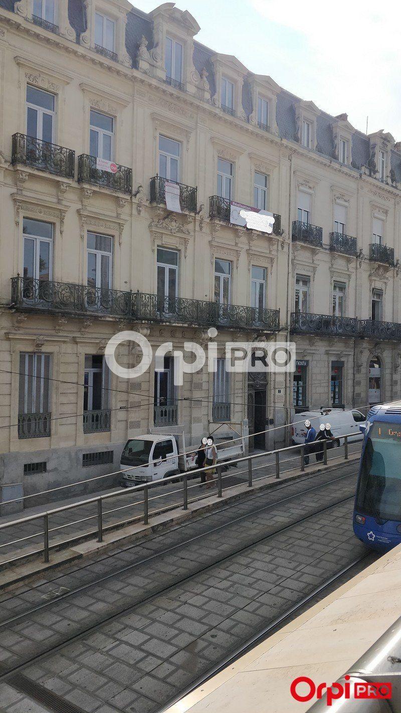 Bureaux à louer 0 57m2 à Montpellier vignette-3