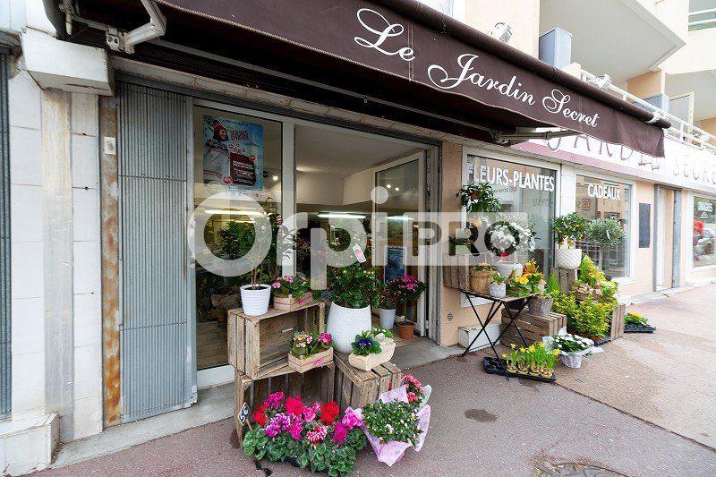 Fonds de commerce à vendre 0 280m2 à Cagnes-sur-Mer vignette-1