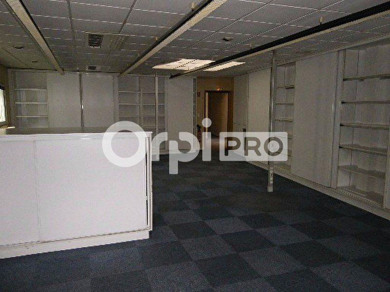 Bureaux à louer 0 207m2 à Saint-Avertin vignette-5