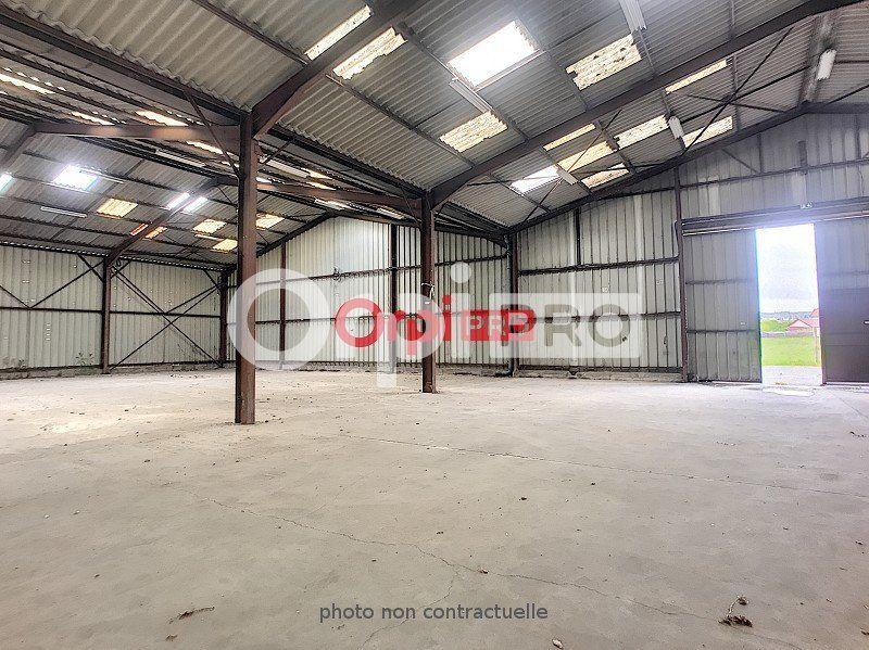 Entrepôt à louer 0 6400m2 à Guéret vignette-3
