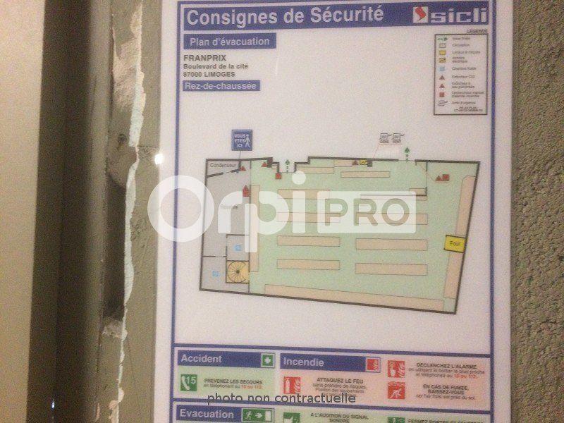 Local commercial à louer 0 322m2 à Limoges vignette-6