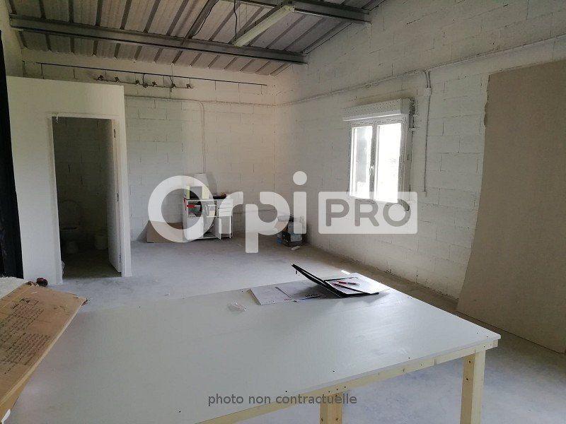 Entrepôt à louer 0 41m2 à Montauban vignette-4