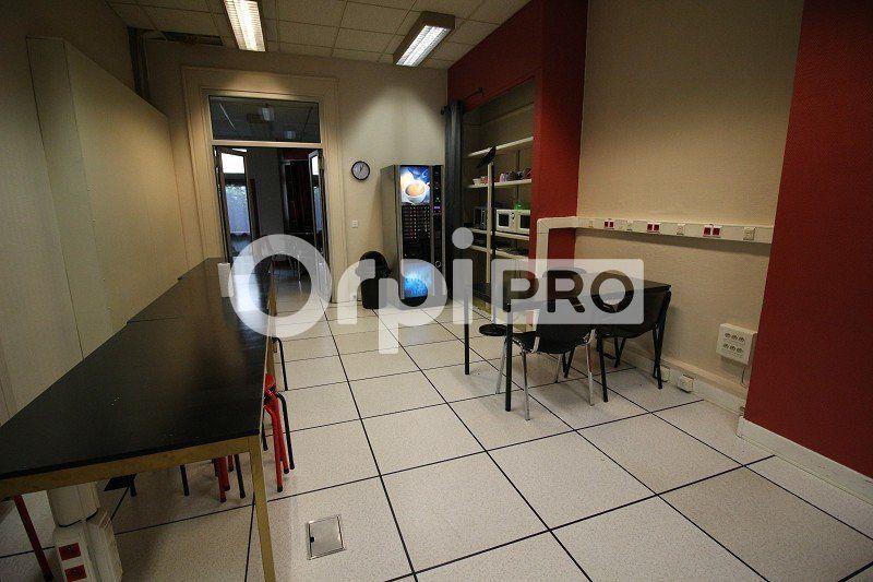 Bureaux à louer 0 161m2 à Limoges vignette-3