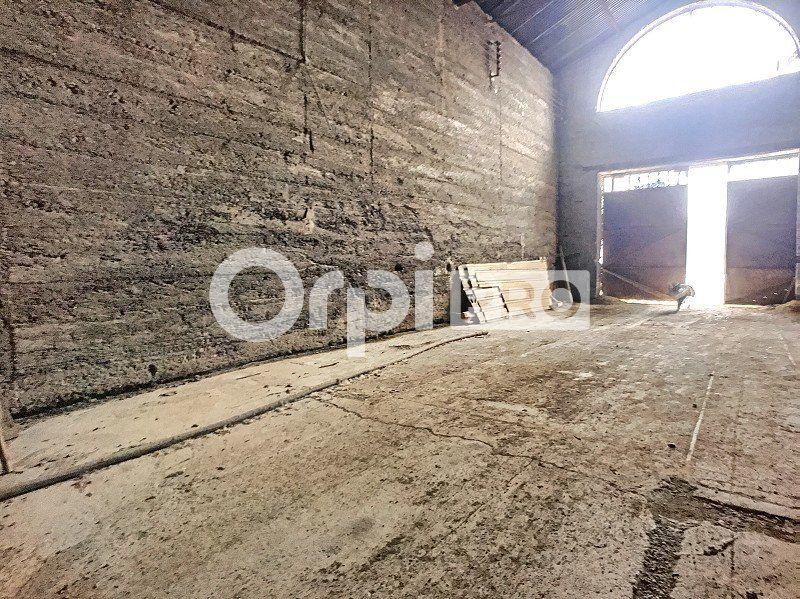 Entrepôt à louer 0 400m2 à Montluçon vignette-3