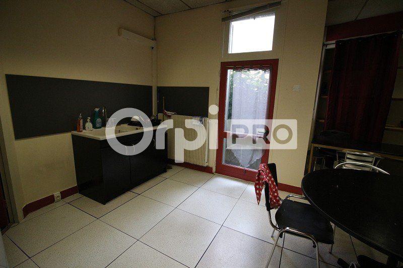 Bureaux à louer 0 161m2 à Limoges vignette-4