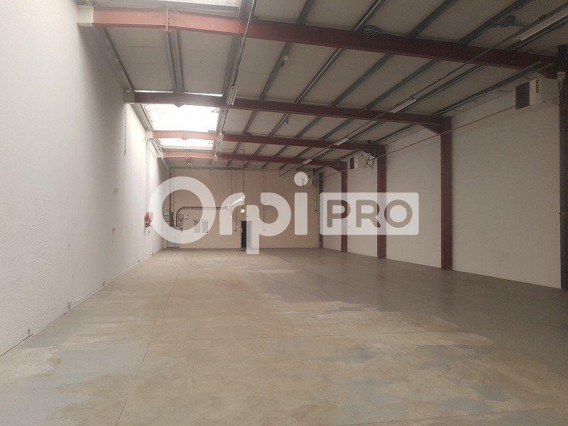 Entrepôt à louer 0 700m2 à Limoges vignette-2