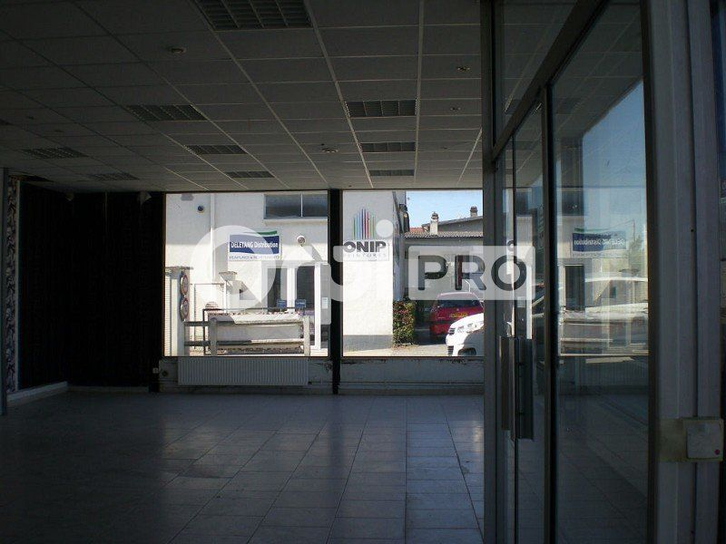 Local commercial à louer 0 572m2 à Bourges vignette-6