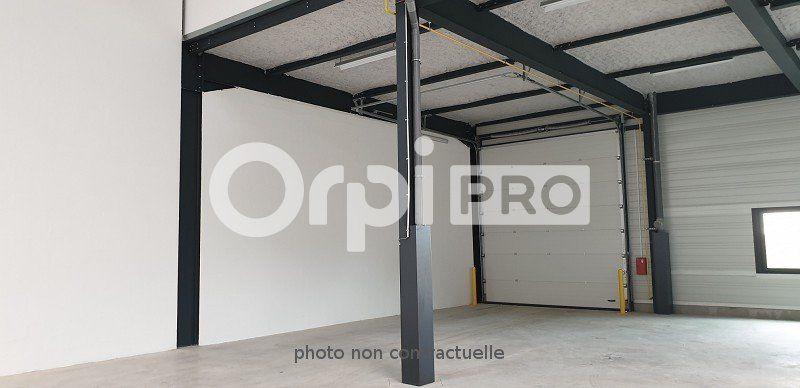 Local d'activité à louer 0 551m2 à Viry-Châtillon vignette-6