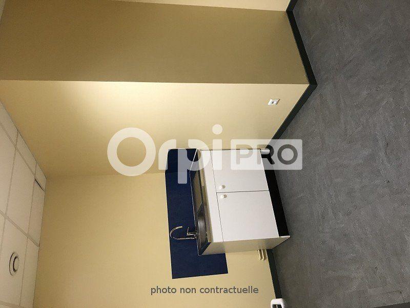 Bureaux à louer 0 110m2 à Le Havre vignette-4