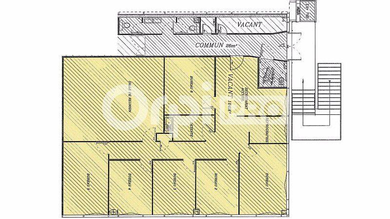 Bureaux à louer 0 184m2 à Vannes vignette-9