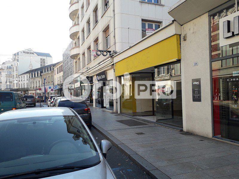 Local commercial à louer 0 126m2 à Montluçon vignette-4