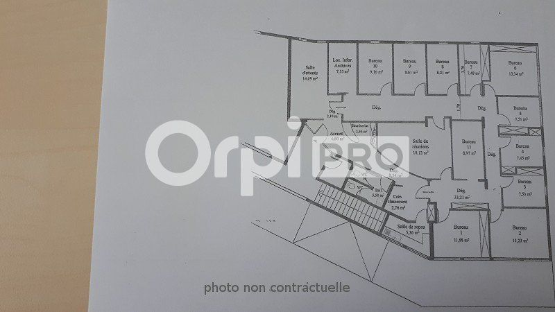 Bureaux à louer 0 210m2 à Fort-de-France vignette-2